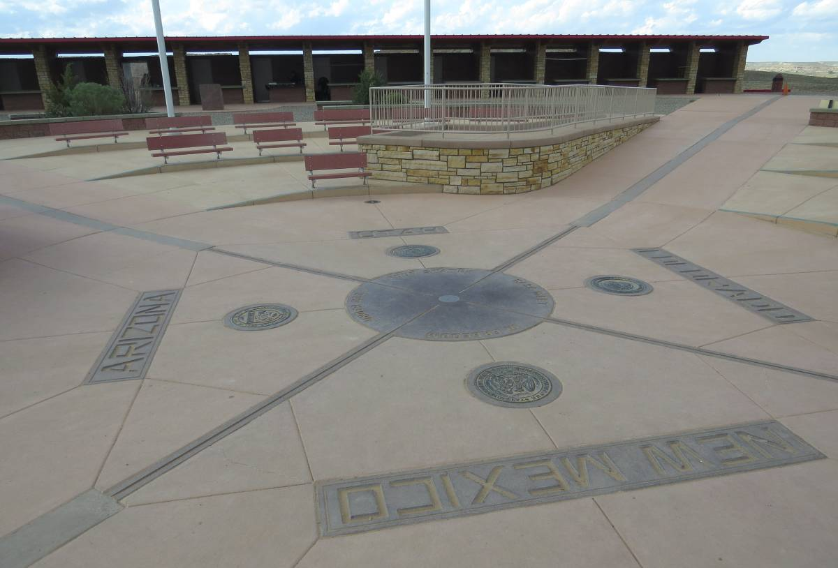 Four Corners Monument It S Worth The Drive The Walking