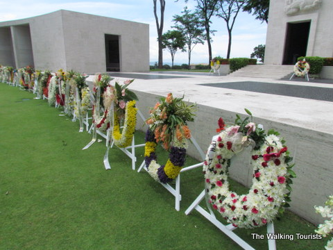 Manila military cemeteries honor American, Filipino and allied fallen