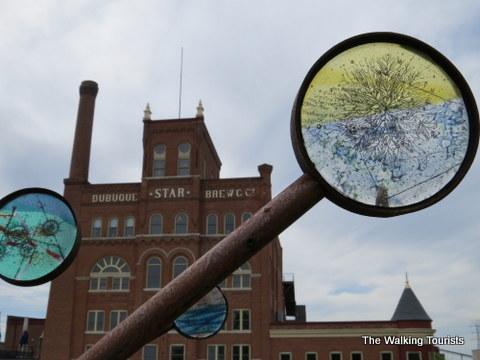 Moving Compass art