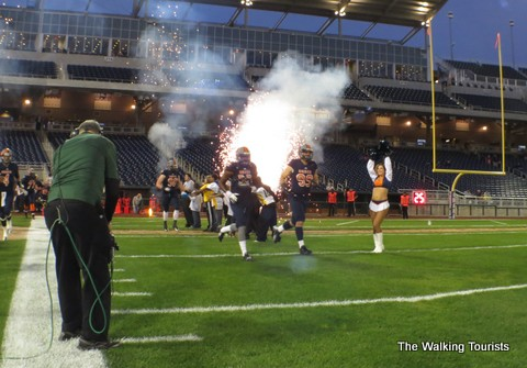 FXFL's Omaha Mammoths: Fitting football into baseball's diamond