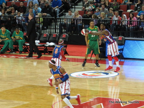 Globetrotters had a 4 point line