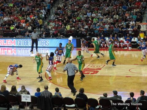 Harlem Globetrotters entertain thousands at Lincoln's Pinnacle Bank Arena