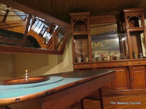 Saloon/Gambling Saloon
