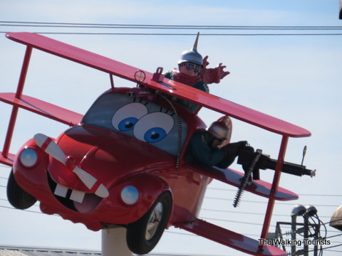 Flying Cars at Fred's Flying Circus in Grand Island