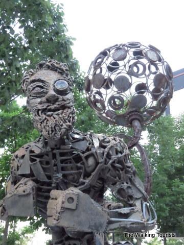 Sculpture on the INFOCUS photo tour