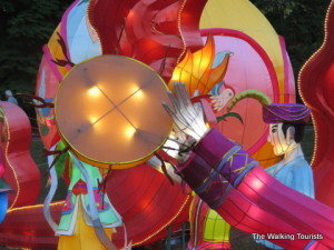 Missouri Botanical Garden brings China to St. Louis with Lantern Festival