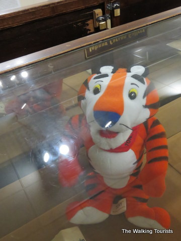 'Tony the Tiger' voice among famous Nebraskans honored at Norfolk museum