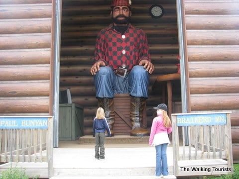 World's Largest Paul Bunyan
