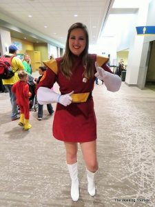 Checking out costumes and celebrities at O Comic Con 2016