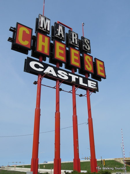 Kenosha's knights seek their holy grail at Mars Cheese Castle