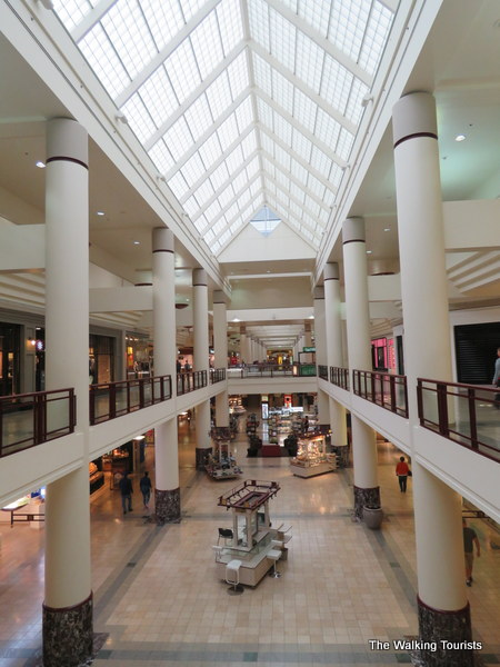 Rosedale Center Mall in Roseville, MN