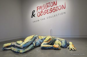 'Obsessing' over Kaneko's collection in Omaha