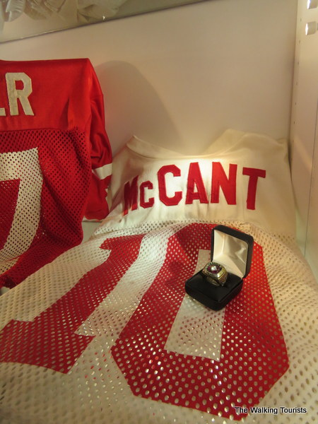 finest selection 37aa8 4e898 Go Big Red! Lincoln collector opens Husker football gallery ...