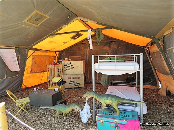 Camp props may come with small dinosaurs, such as Compsognathus scavenging through tents.
