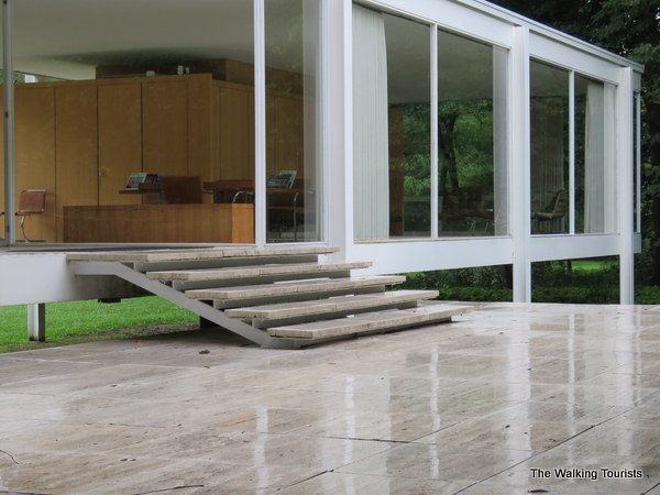 The Farnsworth House may be the most fanous attraction in the Aurora area.