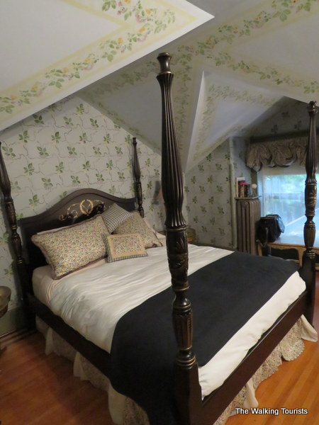Each room at the Homestead 1854 is elegantly decorated.