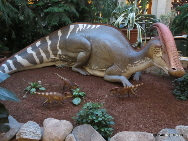 The dinosaurs at the exhibit appear realistic.