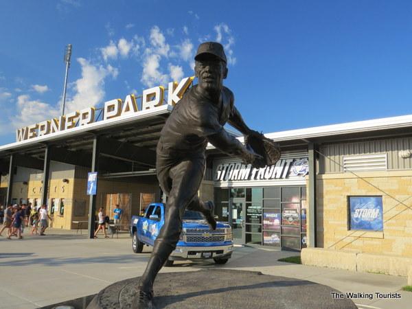 Bob Gibson statue at Werner Park